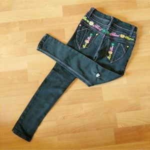Black embroidered distressed jeans girls 6